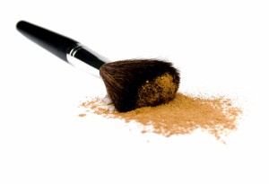 2635831-brush-and-powder